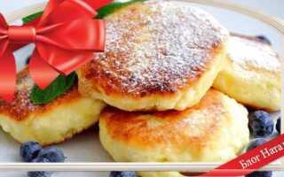 Пишні сирники з сиру: 8 рецептів