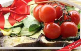 Баклажани, запечені в духовці з помідорами і сиром: 4 рецепта