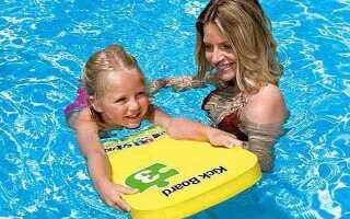 Дошка для плавання — вибираємо потрібний подарунок