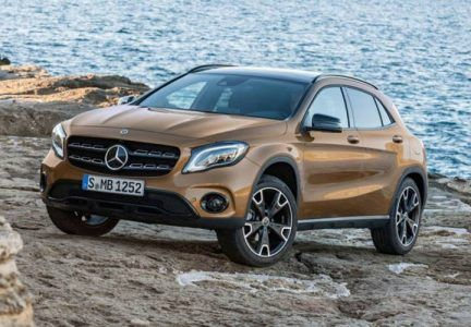 Головна оптика Mercedes-Benz GLA 2019